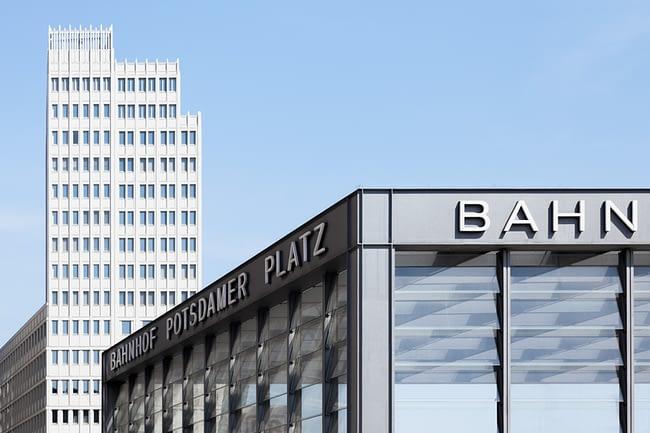 Potsdamer Platz | #b5cef7 | MAIPLATZ FOTOGRAFIE